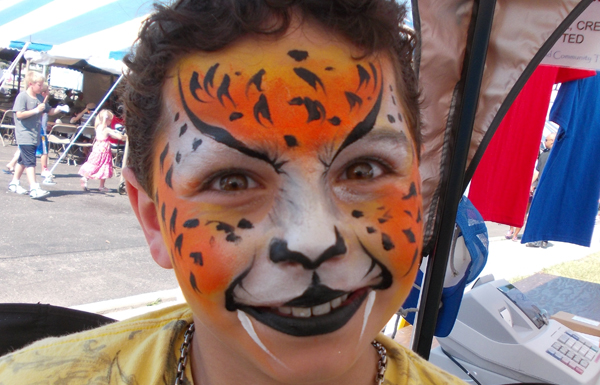 Detroit Face Painting and Balloon Twisting